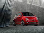 """Fiat 500. """"Пятисотый"""" в России относительно недорог: самый доступный автомобиль с 69-сильным 1.2 и """"ручкой"""" обойдется в 562 тысячи рублей. Однако версия с более-менее """"едущим"""" двигателем 1.4 мощностью 100 л.с. будет стоить 675-799 тысяч рублей в зависимости от комплектации. Такой же автомобиль, но в """"топе"""" и с простеньким """"роботом"""", можно купить за 839 тысячи рублей. Это дешевле, чем базовый MINI Cooper, при сопоставимом """"мимими""""-факторе."""