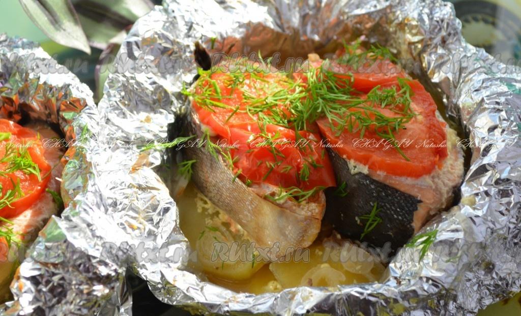 Рецепт горбуши в фольге в духовке с картошкой рецепт пошагово