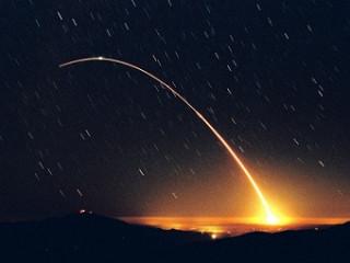 Испытательный запуск баллистической ракеты Minuteman III.