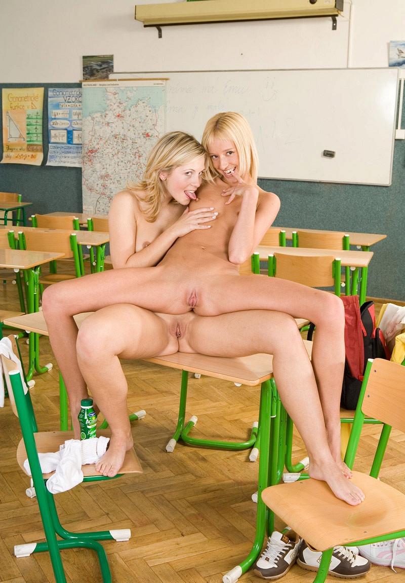 Обнаженные Школьницы Порно