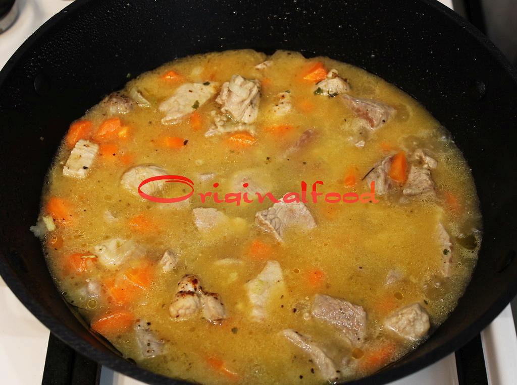 Картошка тушеная в кастрюле пошаговый рецепт пошагово в