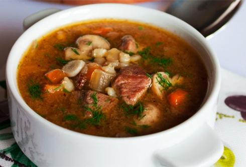 Как сварить суп из говядины и картошкой