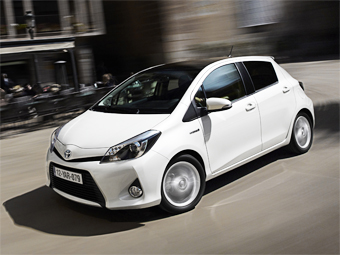 Toyota Yaris Hybrid. Фото Toyota