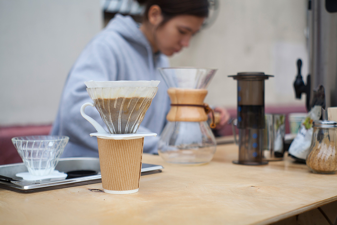 На самом деле, «слоу-кофе» не такой уж и медленный — его можно сварить за 2-3 минуты