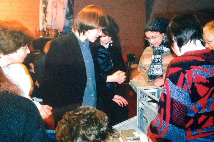Занятие на курсах практической независимости для женщин «Сделай сама» под руководством Ольги Левиной