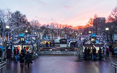 «Волшебный город гномов», трусы-ледянки и импортный сыр: что искать на ярмарках