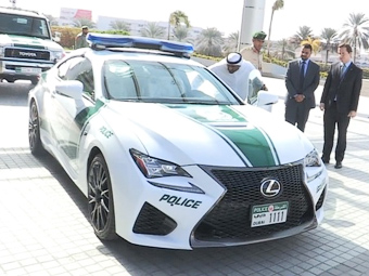 Lexus RC F полиции Дубая. Скриншот видеоролика