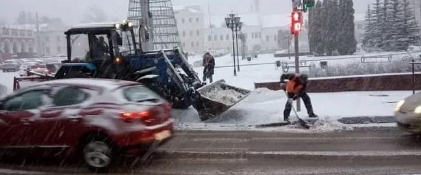 ВКалуге будут круглосуточно обрабатывать улицы вовремя снегопада