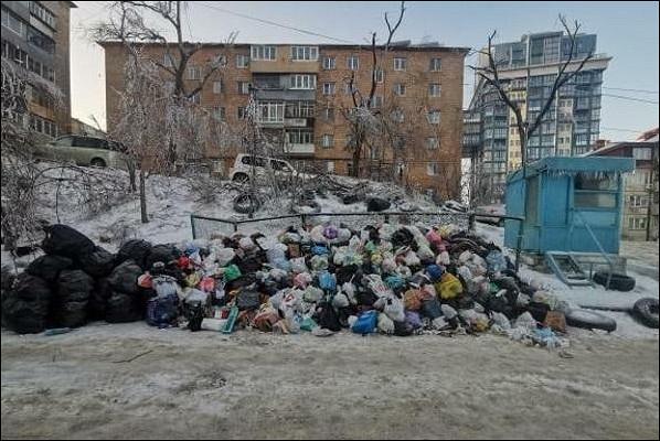 ЧСповсем фронтам: воВладивостоке назревает мусорный коллапс