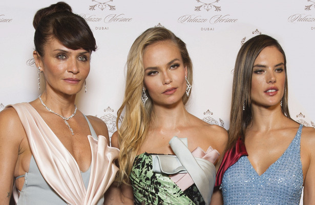 Наташа Поли, Алессандра Амбросио, Хелена Кристенсен наоткрытии Palazzo Versace Hotel & Resort вДубаи