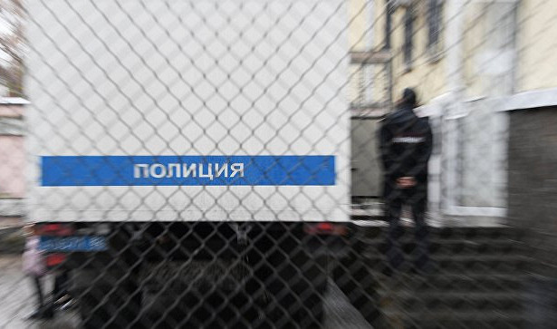 Полицейский автозак слюдьми попал вДТПвСвердловской области