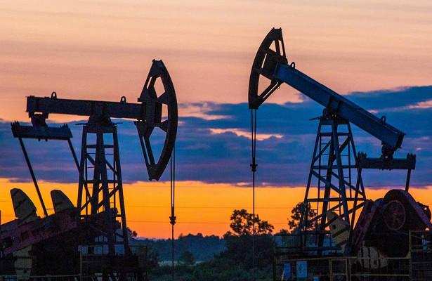 Нефть сражается зановый ценовой уровень
