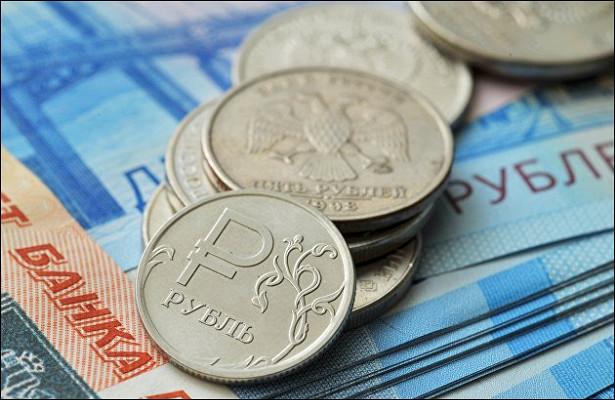Рубль устремился вверх после трех дней падения