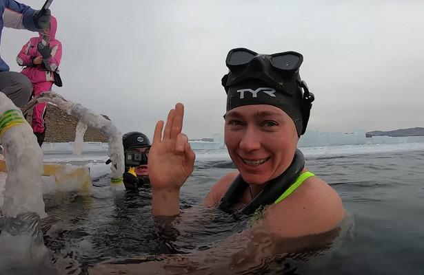 Россиянка установила мировой рекорд поплаванию подо льдом