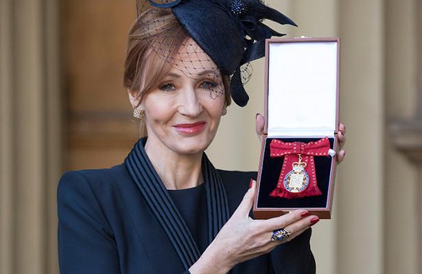 Джоан Роулинг награждена Орденом кавалеров почета
