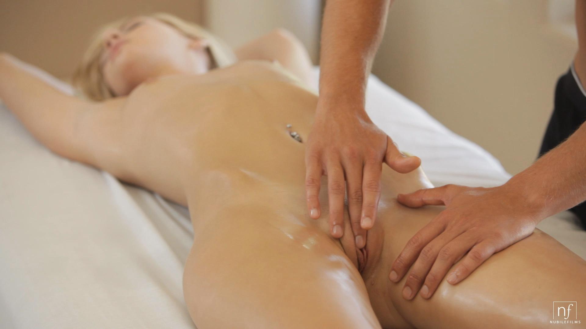 girl-pussy-massage