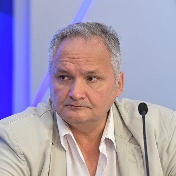Эксперт оЛукашенко: «РФсама оплачивает оружие против себя»