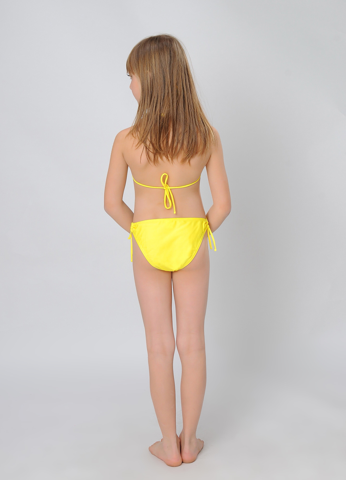 big girls' one piece swimwear Our selection of girls' one piece swimwear in sizes provides a variety of styles, patterns, and price points to fit any of your swimmer's needs. We have fashionable bathing suits for a casual day at the beach or pool.