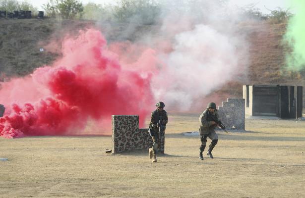 Военнослужащие России иПакистана назавершающем этапе учения «Дружба-2020» уничтожили базу условного противника