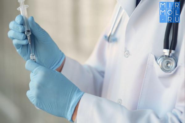 Дагестанские врачи сохранили движение конечностей пациенту ссерьезной травмой шейного позвонка