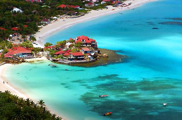 Недвижимость в остров Серре на побережье цены