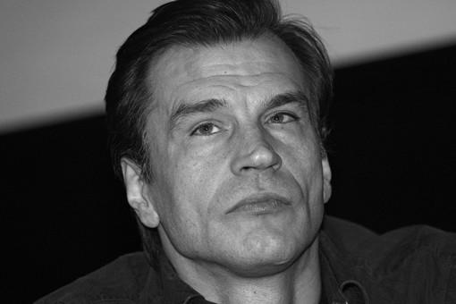 Актер Денис Карасев скончался на58-мгоду жизни