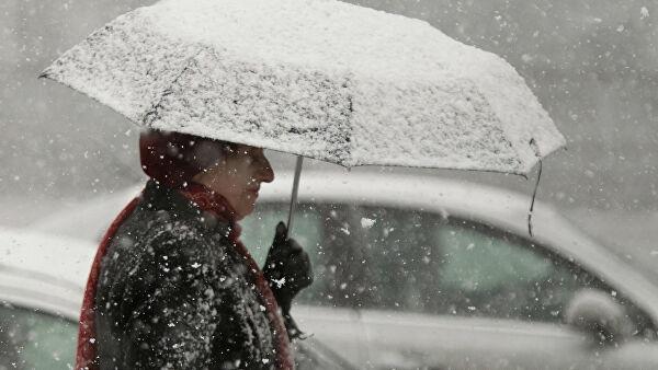 Высота сугробов вМоскве после снегопада превысила 30см