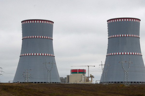 Россия и Саудовская Аравия договорились не увеличивать добычу в феврале