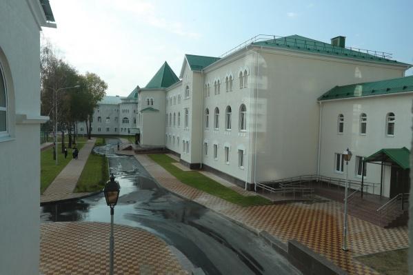 Губернатор Московской области посетил ведущие учебные заведения страны