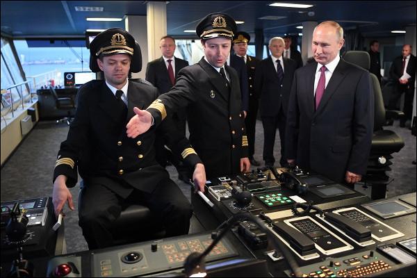 «Нестрашно»: капитан ледокола ответил Путину
