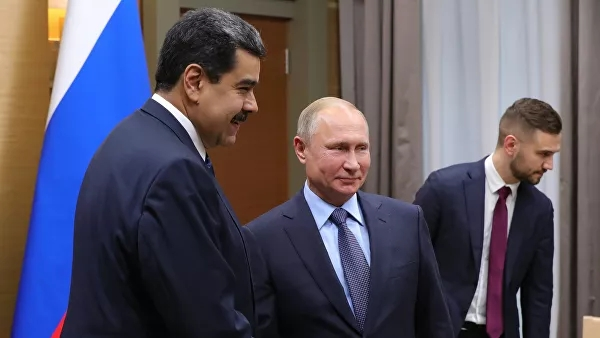 Путин поговорил сМадуро