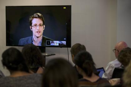 Сноуден рассказал освоей жизни вМоскве