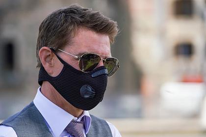 Обругавший коллег ТомКруз появился вбесполезной маске