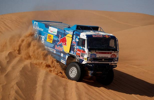 Российский экипаж победил навтором этапе «Дакара»