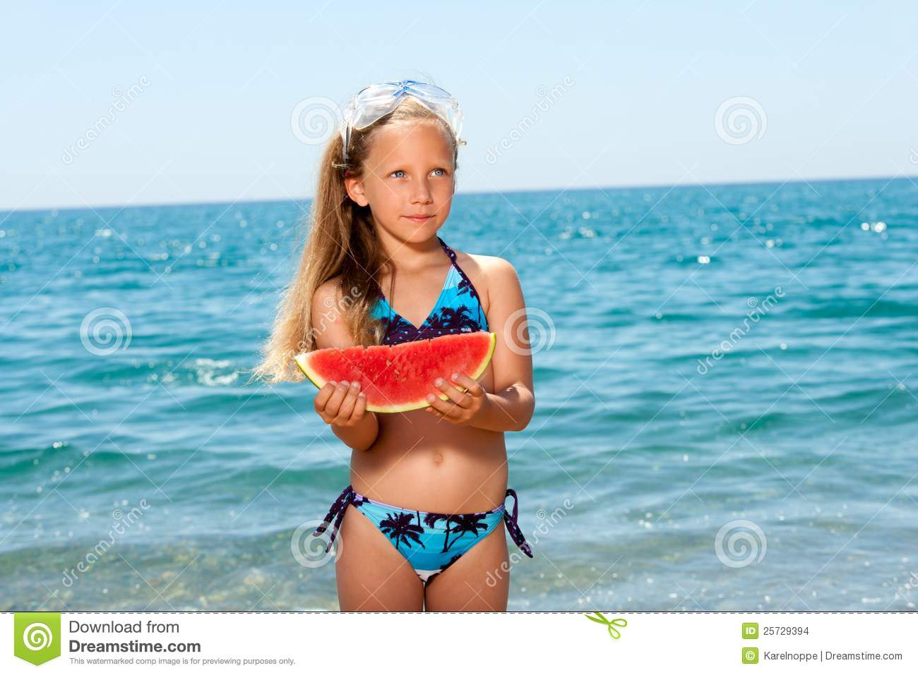 Report Cute girl eating watermelon on  (1300x957)