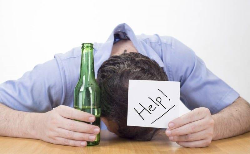 Как ведут себя алкоголики в запои