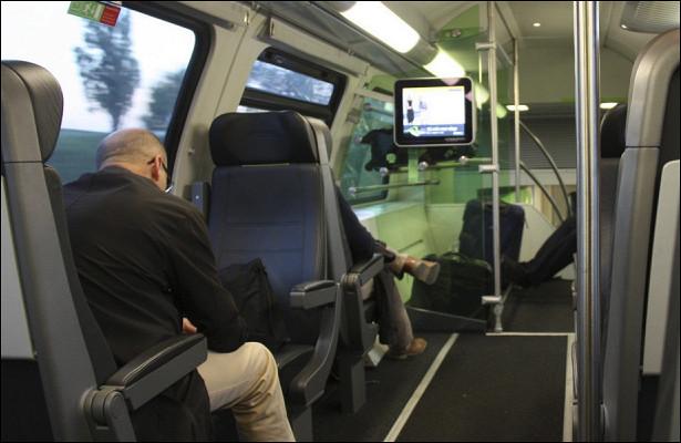 ВСШАпредставили первый автономный автобус на40человек