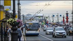 Почему в России отменяют троллейбусы