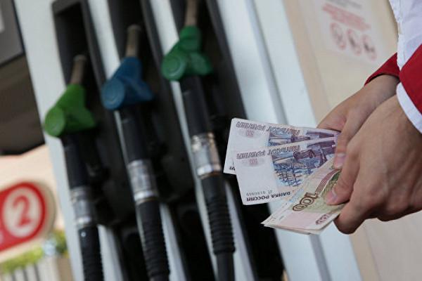 Цены набензин взлетят вверх— эксперты