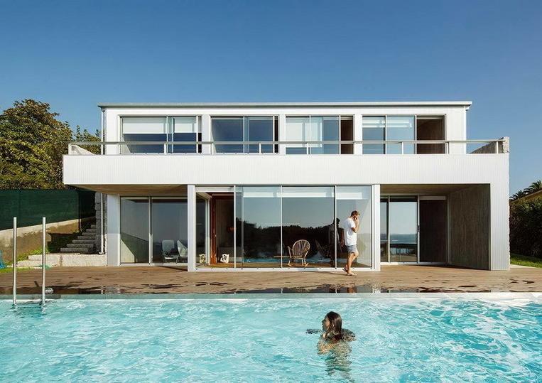 Недвижимость в испании на океане