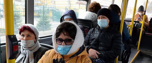 ВБарнауле проверяют соблюдение масочного режима вавтобусах