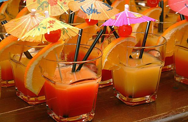 Какизбавиться отзапаха алкоголя народными методами