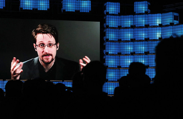 Dagens Nyheter (Швеция): возможно, сроссийским гражданством Сноуден поторопился