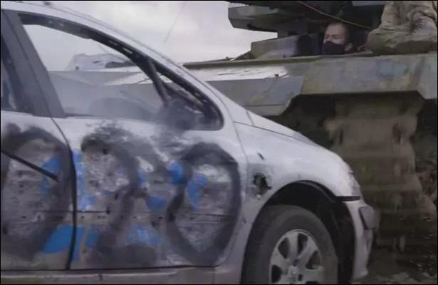Раздави машину танком: британцы прощаются с2020-м