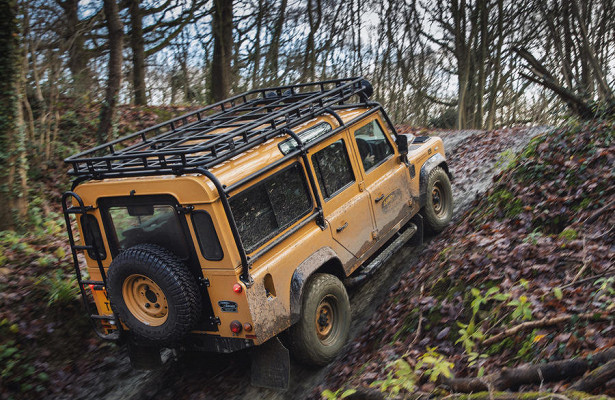 Land Rover вернет впроизводство старый Defender