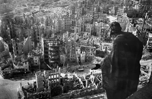 Бомбардировка Дрездена: вчёмСССР обвинял союзников