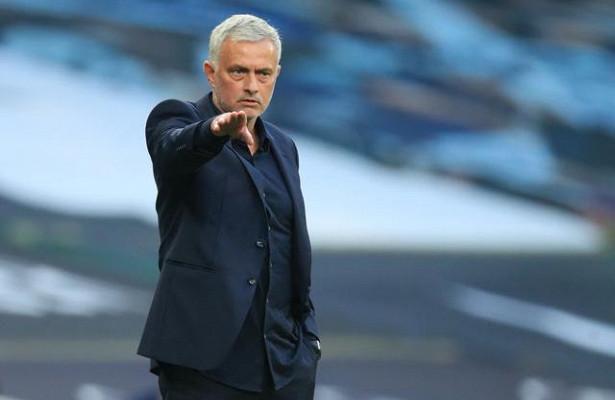 Моуринью стал лучшим тренером XXIвека поверсии IFFHS