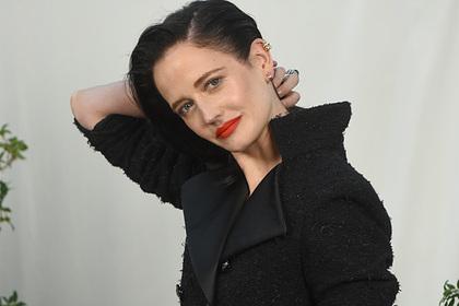 Названы чаще всего раздевающиеся актрисы