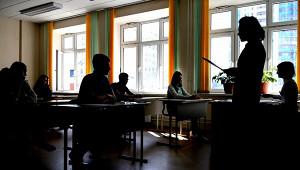 НаУкраине учителей хотят наказывать заупоминание оВОВ