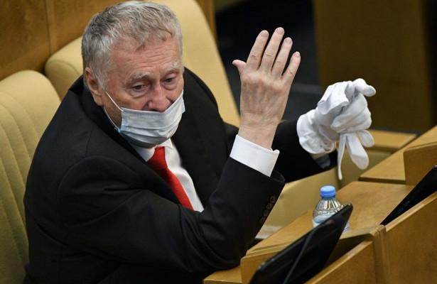 Жириновский предложил запретить выпускать россиян зарубеж
